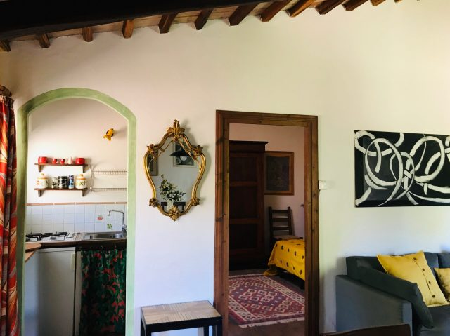 Living-bed-kitchenette Casa Desiderio